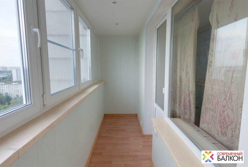 Фотогалерея по отделке балконов, утеплению лоджий, остеклени.